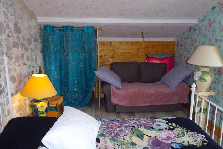chambre colline coin lecture les Jardins de Prasserat chambres d