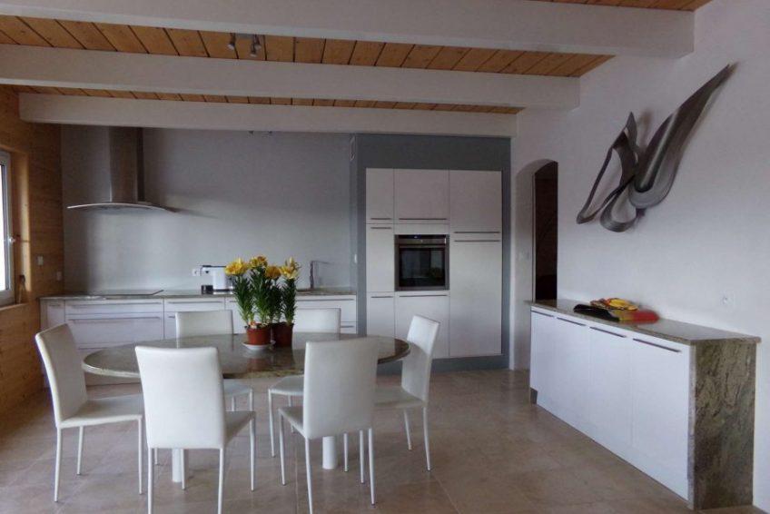cuisine moderne équipée maison du coucouru - villa piscine à louer pour les vacances à Vallon Pont d
