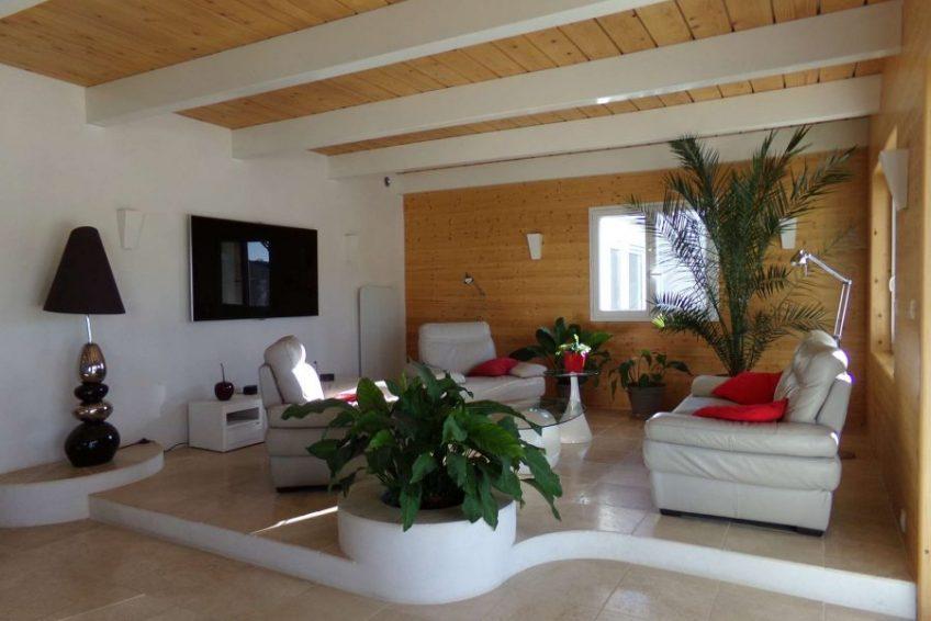 salon cosy maison du coucouru - villa piscine à louer pour les vacances à Vallon Pont d
