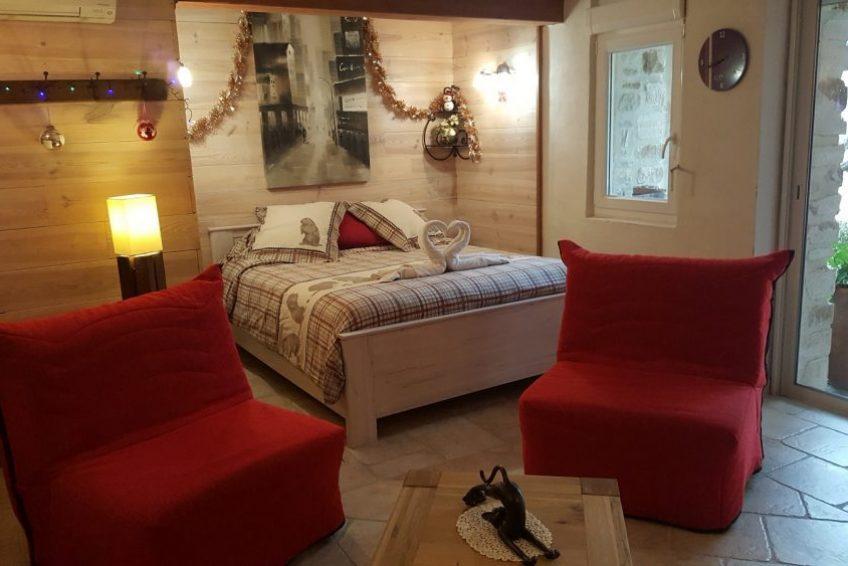 chambre lit double tout confort L
