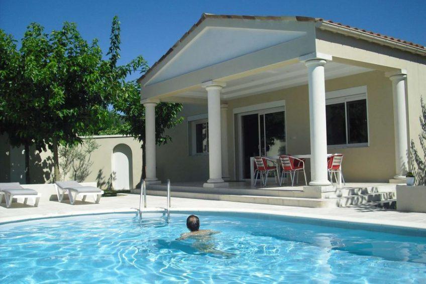 piscine maison du coucouru - villa piscine à louer pour les vacances à Vallon Pont d