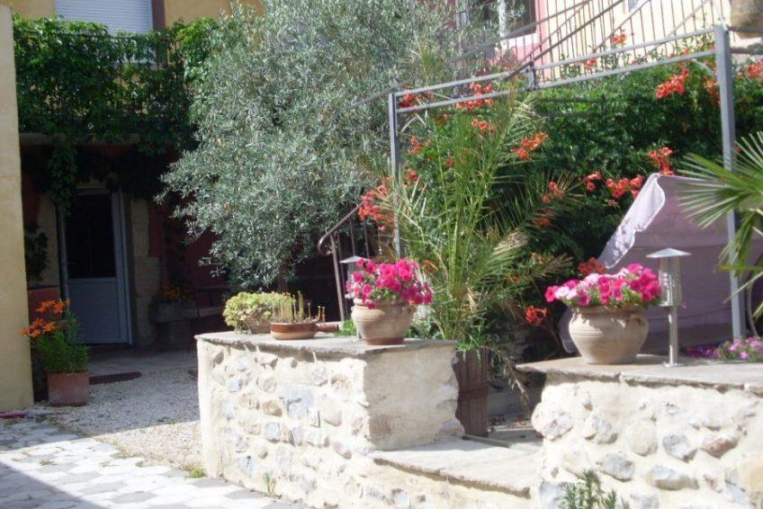 terrasse privée fleurie - l