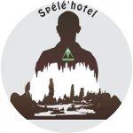 """logo spélé'Hotel nuitée hébergement insolite dans une grotte en Sud Ardèche site classé """"L'Aven Grotte La Forestière"""""""