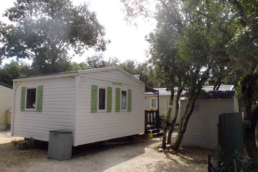 Location vacances 2 personnes mobil-home camping municipal Orgnac l