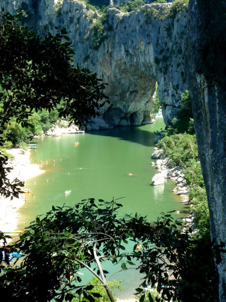 pont d'arc les branches - Ardèchetours