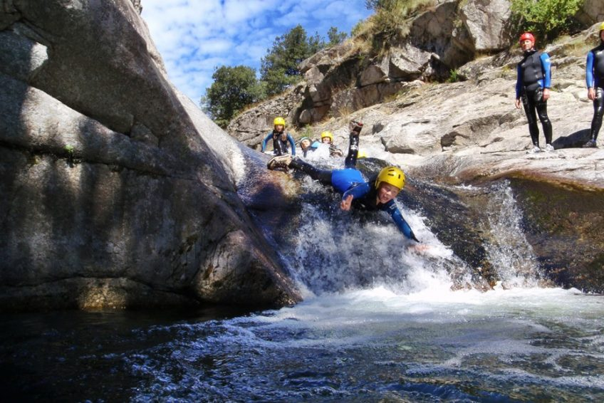 séjour multi-activités en famille dans le Sud de l'Ardèche - canyoning
