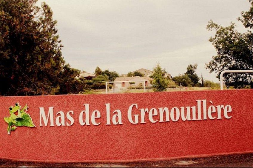 Villa vacances Ardèche piscine chauffée - Résidence de gites Mas de la Grenouillère à Joyeuse